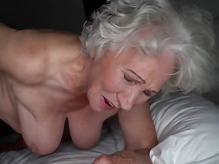 Grey-haired cunt be beneficial to fat granny gets pounded by young stud