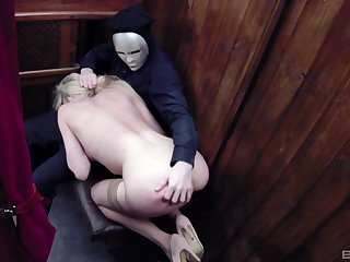 Kinky blonde whore Tamara Become cum sprayed in a church