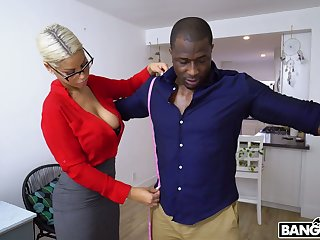 Nerdy MILF with sexy boobies Bridgette B is happy there ride strong BBC