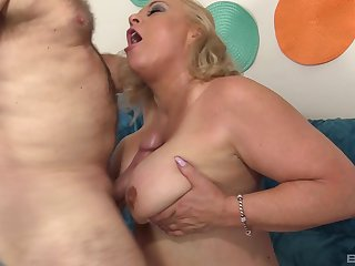 Obese amateur mature granny Staggering Summer missionary fucked