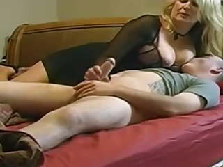 Expert, chubby light-haired is making be aware with her married buddy, proceed a hidden camera