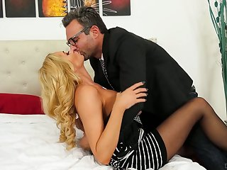 German blond milf Briana Banks gets her pussy slammed hard