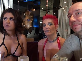 Marishax and their way mature botch friends take cum on faces in an orgy