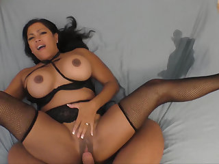 Asian Milf squirts skim through two sets be useful to sheets