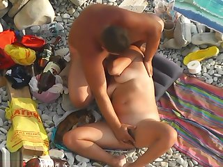 Beach Voyeur Topless Sexy Beach Girls Spycam Hd Motion picture