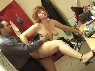 Russian hairy redhead shacking up to hand work