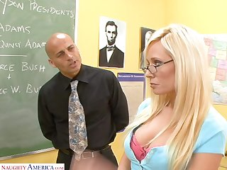 Good student Angelina Ashe turned to be tasteless and insatiable grumble